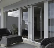 Et pourquoi pas une porte vitrée pour aller sur la terrasse ?